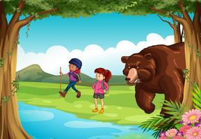 Quer dizer urso e dois caminhantes na floresta vetor