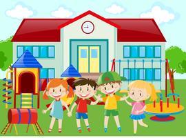 Alunos do jardim de infância no playground vetor