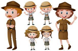 Park rangers de uniforme vetor