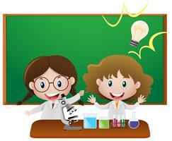 Duas meninas na sala de aula de ciência vetor