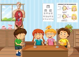 Alunos aprendendo ciências em sala de aula vetor