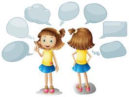 Linda garota com bolhas do discurso em branco vetor