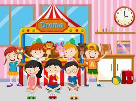Feliz, crianças, tocando, em, sala aula vetor
