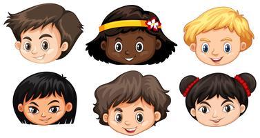 Conjunto de cabeça de crianças multiculturais vetor