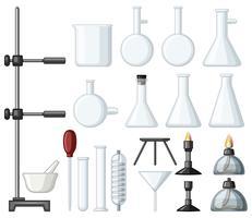 Diferentes tipos de recipientes e queimadores de ciência