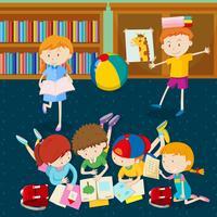 Crianças, leitura, livros, em, sala aula vetor