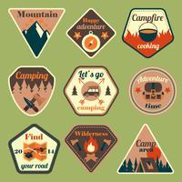 Turismo ao ar livre camping emblemas plana definida vetor