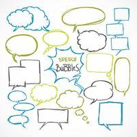 Doodle conjunto de bolhas de discurso em quadrinhos