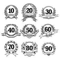 Conjunto de etiquetas de aniversário vetor
