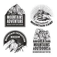 Conjunto de rótulos de emblemas de turismo vetor