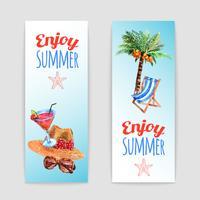 Conjunto de bandeiras de viagens de férias tropicais