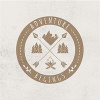 Logotipo de aventura ao ar livre vetor