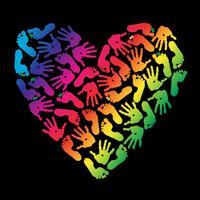 Impressão das palmas das mãos e dos pés das crianças. Coração. vetor