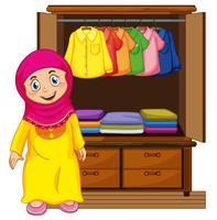 Um, muçulmano, menina, frente, closet vetor