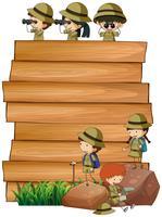 Escoteiros na placa de madeira vetor