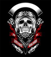 Crânio com capacete de moto e bandana - vetor