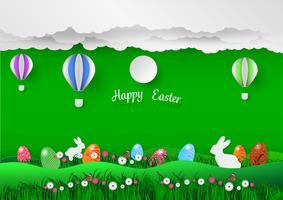 Fundo de férias de Páscoa com ovos na grama verde e coelho branco, ilustração vetorial estilo de arte de papel