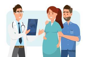 Doutor que mostra a folha do ultrassom à mulher gravida e ao seu marido no hospital.