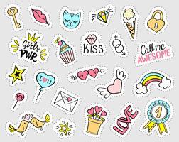 Conjunto de adesivos femininos de moda. Coleção de mão desenhada doodle chique pinos, emblemas. Ilustração em vetor na moda.