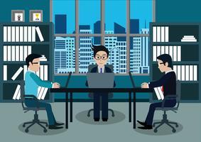 Três, homens negócios, em, trabalhador, em, escritório, sentar-se, em, a, escrivaninhas, com, laptop vetor