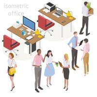 Desenho isométrico de mesas com pessoal de escritório e material de escritório