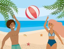 Mulher e homem brincando com bola de praia vetor