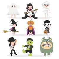 Conjunto de caracteres de Halloween de crianças engraçadas vetor