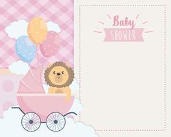 Cartão de chuveiro de bebê com leão na carruagem vetor