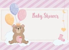 Cartão de chuveiro de bebê com ursinho de pelúcia segurando balões nas nuvens vetor