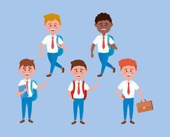 Conjunto de diversos meninos em uniformes escolares sobre fundo azul vetor