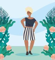 Mulher afro-americana em roupas casuais