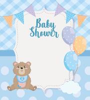 Cartão de chuveiro de bebê com ursinho de pelúcia e balões vetor