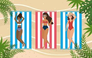Vista aérea, de, três mulheres, deitando toalhas praia vetor