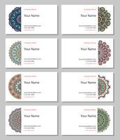 Conjunto de cartões de visita em estilo étnico. Elementos decorativos vintage.