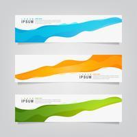 Conjunto de bandeiras de formas sobrepostas abstratas