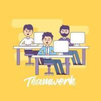 empresário de trabalho em equipe com informações de documento do computador