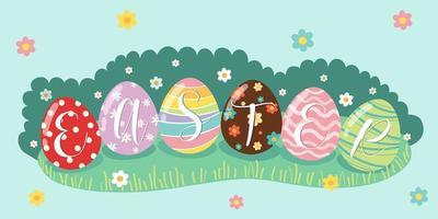 Ovos de Páscoa decorativos na grama verde