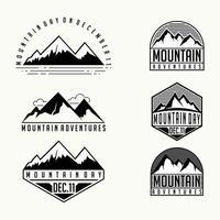 conjunto de desenhos animados de modelo de montanha vetor