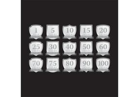 Vetores de etiqueta do aniversário de prata