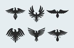 Vetor antigo do logotipo do falcão