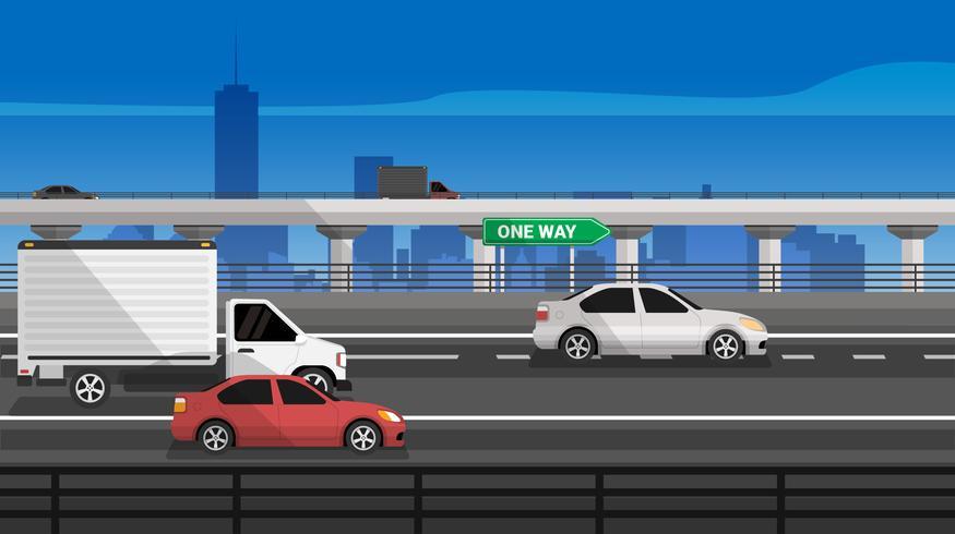 Strada della strada principale con l'illustrazione di vettore del camion e dell'automobile