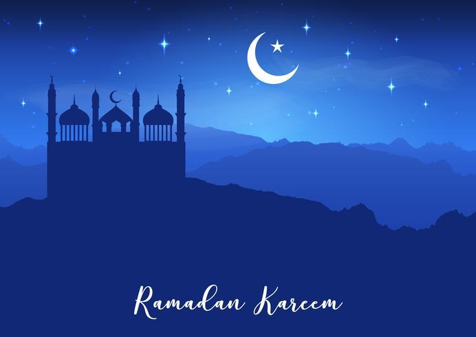 Fondo di Ramadan Kareem con le siluette della moschea contro cielo notturno vettore
