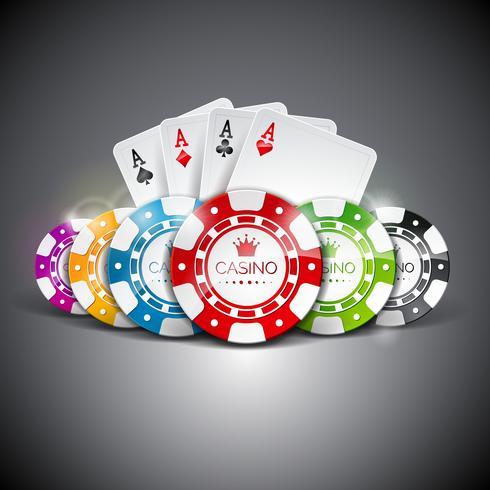 Gli assi della carta da gioco dietro i chip di poker colorati differenti vettore