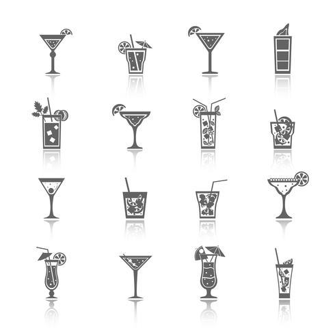 Icone di cocktail alcolici nere vettore