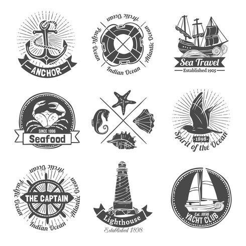Set di etichette nautiche vettore