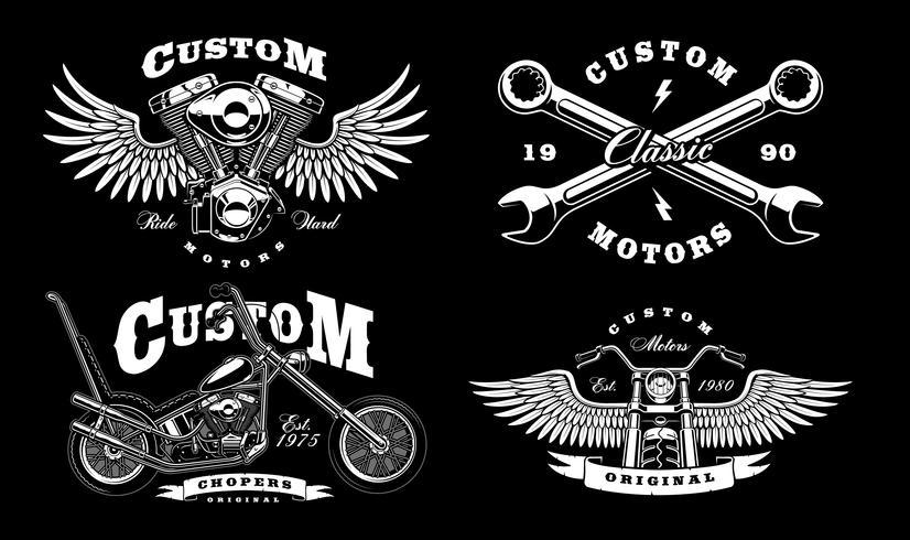 Set di 4 illustrazioni di motociclisti vintage su sfondo scuro_1 vettore