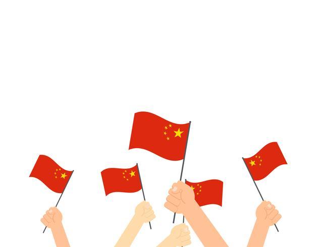 Vector l'illustrazione delle mani che tengono le bandiere della Cina - biglietto di auguri nazionale felice della Cina