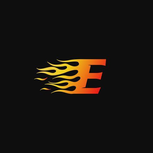 lettera E modello di progettazione logo fiamma ardente vettore
