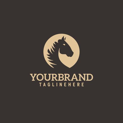 Logo della testa di cavallo. Semplice ed elegante silhouette monocromatica. vettore