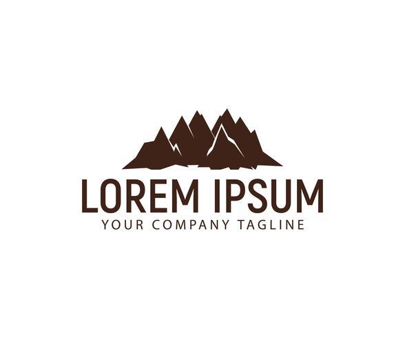 modello di concetto di design logo di montagna vettore
